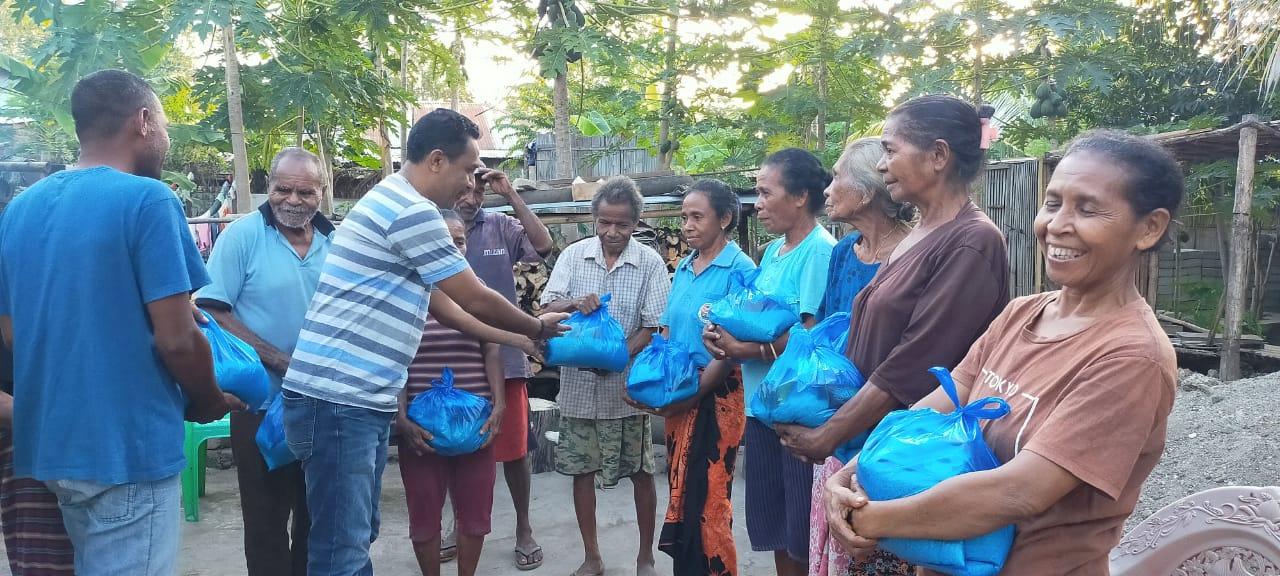 Reses Dengan Pendekatan Personal, Imo Wulakda Bagi 300 Paket Sembako.