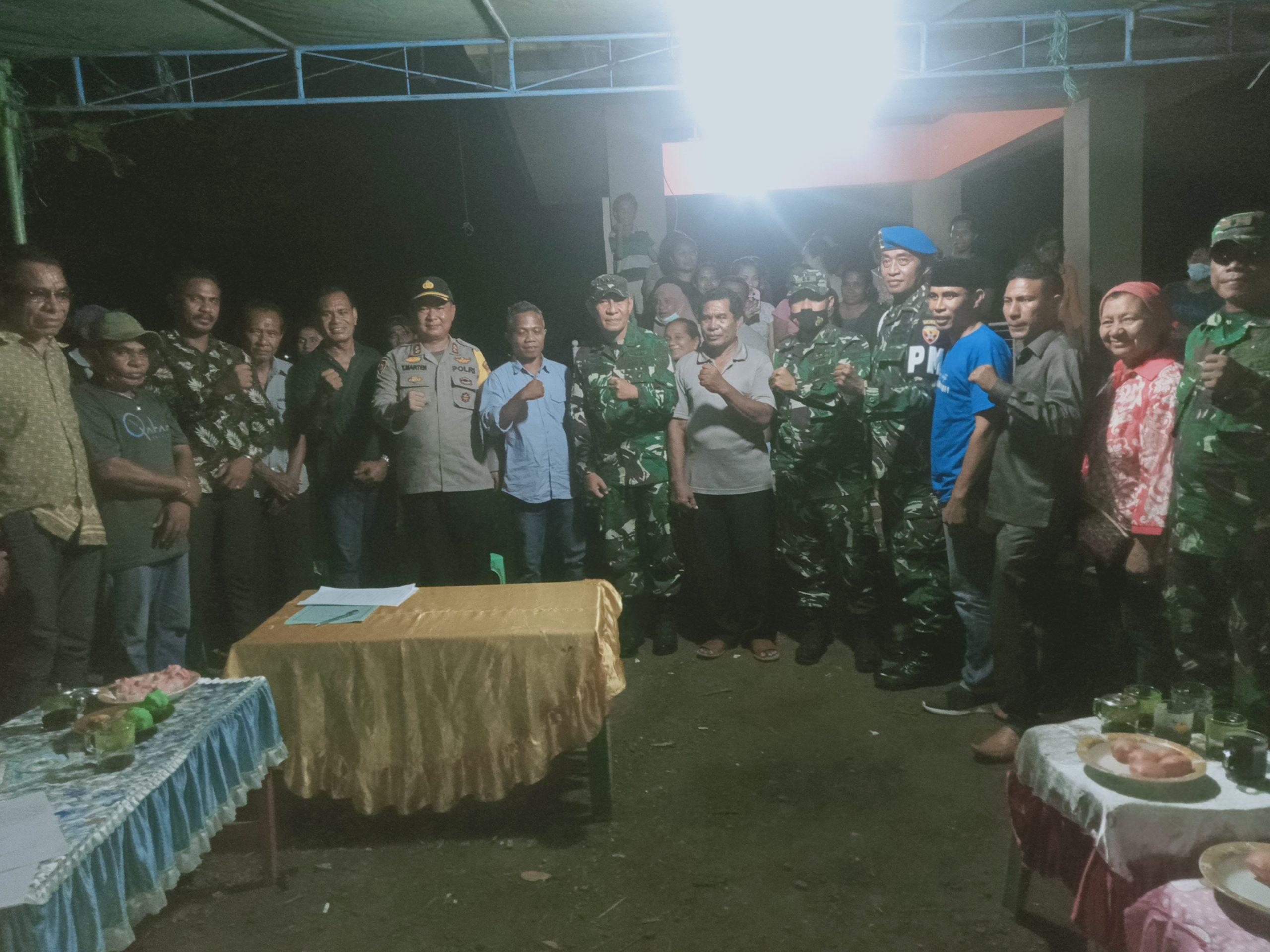 Tampilkan Sisi Humanis TNI, Dandim Flotim Pererat Tali Silaturahim