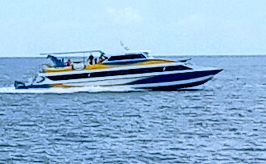 Di Duga Tak Tertib Jadwal, Pengusaha Dan Pekerja Kapal Penumpang Flotim-Lembata, Pertanyakan Trayek Kapal Cepat Ina Maria.