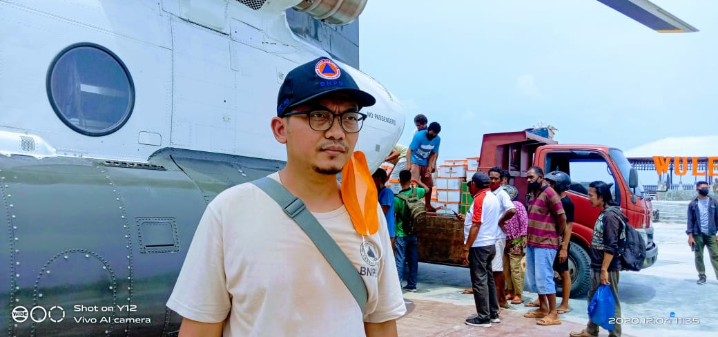 Helikopter BNPB Hantar Bantuan Kemanusiaan, Mendarat di Lapang Eks Harnus Lewoleba