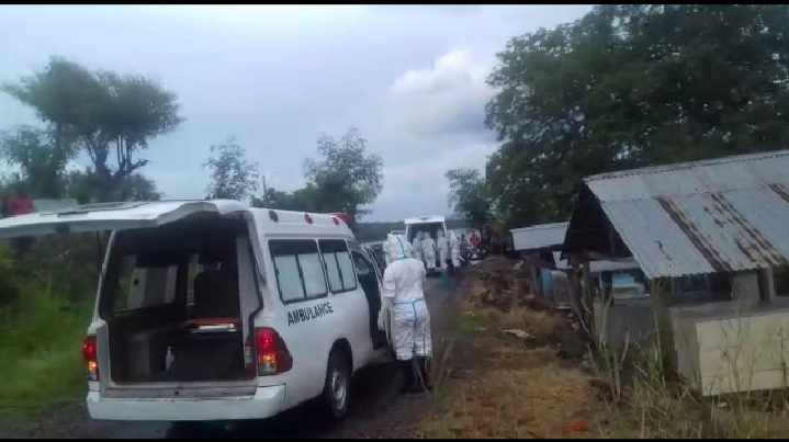 Keluarga Ikhlaskan Kepergian Nenek Tuto, Tapi Sesalkan Kebijakan RSUD Lewoleba dan RS Bukit.