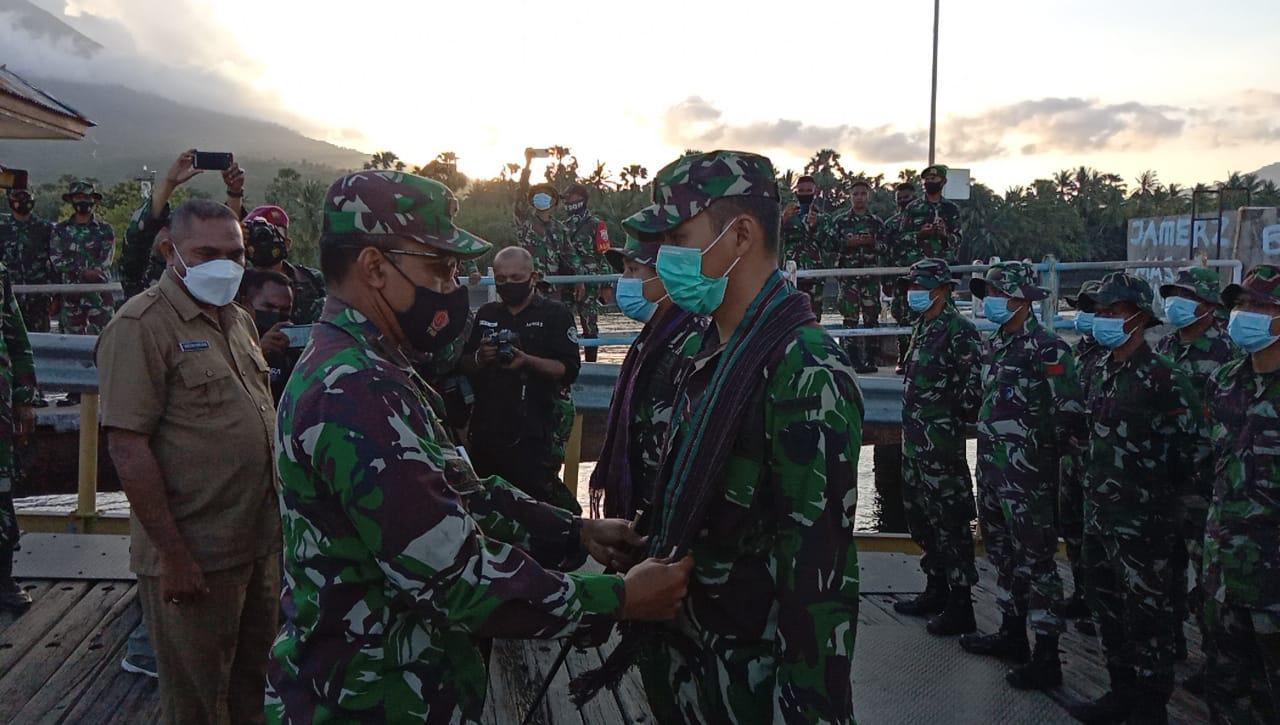 Bupati Flotim Sambut Kedatangan Tim Gulbencal Di Pulau Adonara, Kabupaten Flotim.