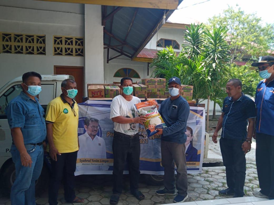 Menteri Pertanian Syahrul Yasin Limpo Bantu Pengungsi Korban Banjir Bandang di Kabupaten Lembata
